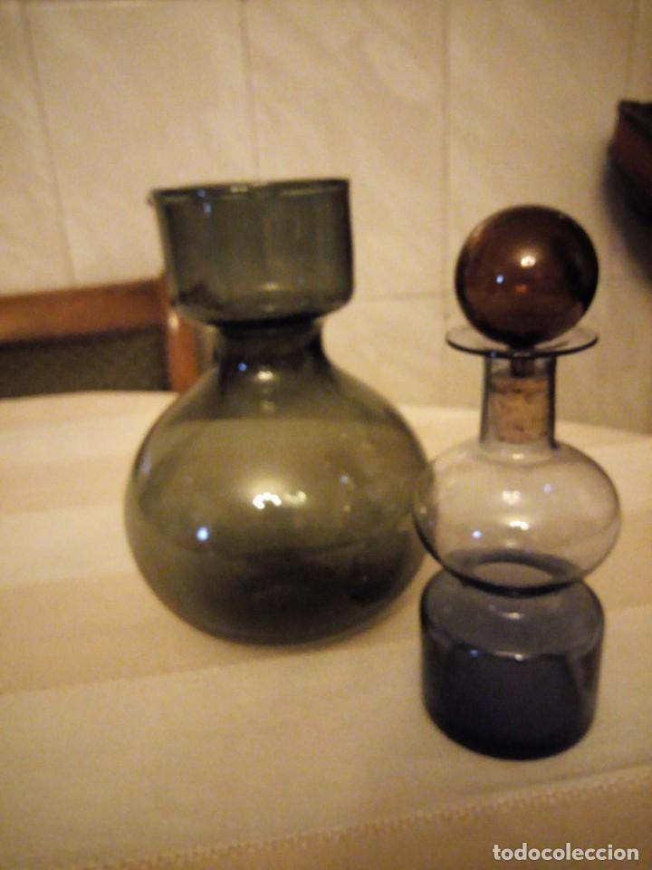 Antigüedades: Antiguo servicio de jarra y licorera de cristal en 3 colores,para servir anis con agua. - Foto 5 - 151878134