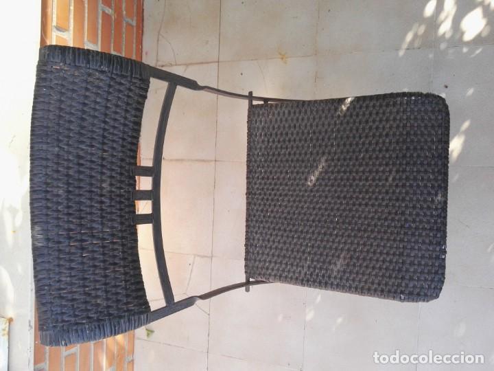 Antigüedades: 4 sillas y mesa de jardín - Foto 2 - 151968630