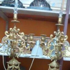 Antigüedades: PAREJA DE GRANDES CANDELABROS SIGLO XIX. 80 CMS DE ALTO X 35 DE DIAMETRO. Lote 152027458