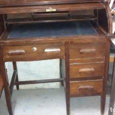 Antigüedades - Buró, escritorio de persiana, en roble americano. Principios siglo XX - 152032302
