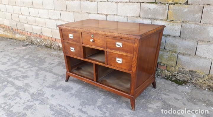 Antigüedades: Mostrador antiguo estilo art decó. Mueble televisión aparador antiguo estilo industrial vintage. - Foto 3 - 152056958