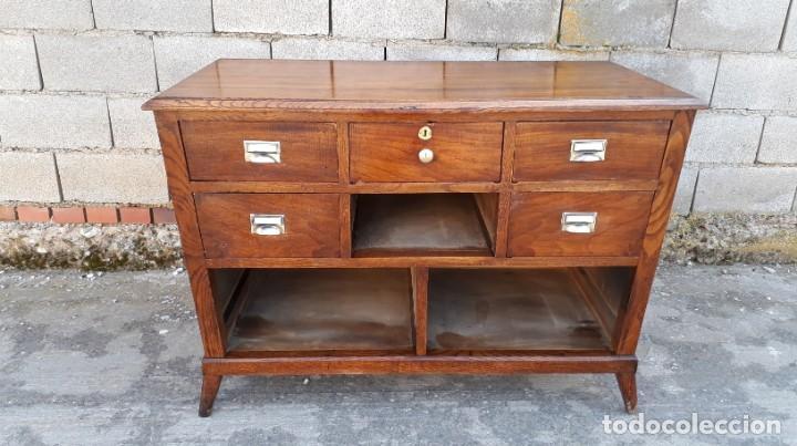 Antigüedades: Mostrador antiguo estilo art decó. Mueble televisión aparador antiguo estilo industrial vintage. - Foto 5 - 152056958