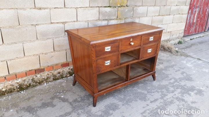 Antigüedades: Mostrador antiguo estilo art decó. Mueble televisión aparador antiguo estilo industrial vintage. - Foto 13 - 152056958