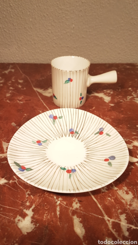 Antigüedades: TAZA DE CAFE Y PLATO DE CASTRO SARGADELOS DOLMEN. AÑOS 70 - Foto 2 - 152059980