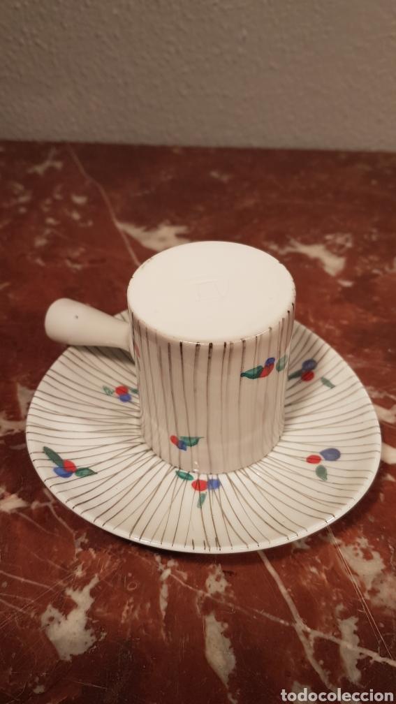 Antigüedades: TAZA DE CAFE Y PLATO DE CASTRO SARGADELOS DOLMEN. AÑOS 70 - Foto 3 - 152059980