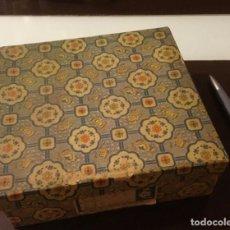 Antigüedades: PRECIOSO CONJUNTO ANTIGUAS FIGURAS CHINAS CRISTAL. Lote 152067794