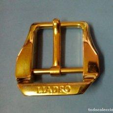 Antigüedades: HEBILLA BOLSO CINTURON DORADO - LLADRO. Lote 152139870
