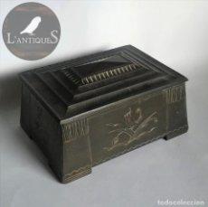 Antigüedades - Caja joyero metálica original época art decó, metal dorado, relieve pájaros, antigua años 20-30 s XX - 107228167