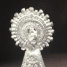Antigüedades: IMAGEN VIRGEN PILAR METAL. Lote 152159874