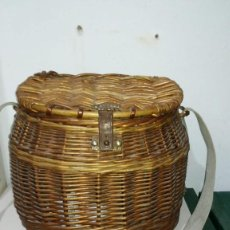 Antigüedades: CESTA DE PESCA. Lote 152162894