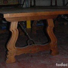Antigüedades: MESA CON PATAS DE LIRA. Lote 152190598