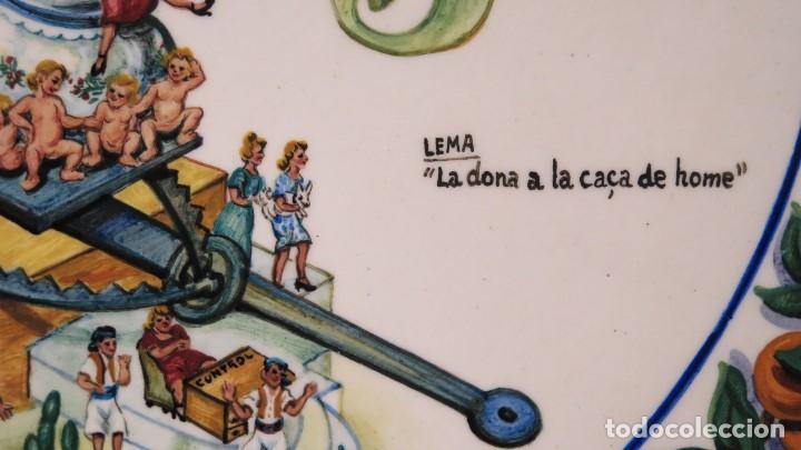 Antigüedades: IMPORTANTE PLATO DEDICADO AL GOBERNADOR CIVIL DE VALENCIA. FALLAS 1942. PINTADO POR CHITO. MANISES - Foto 14 - 152216006