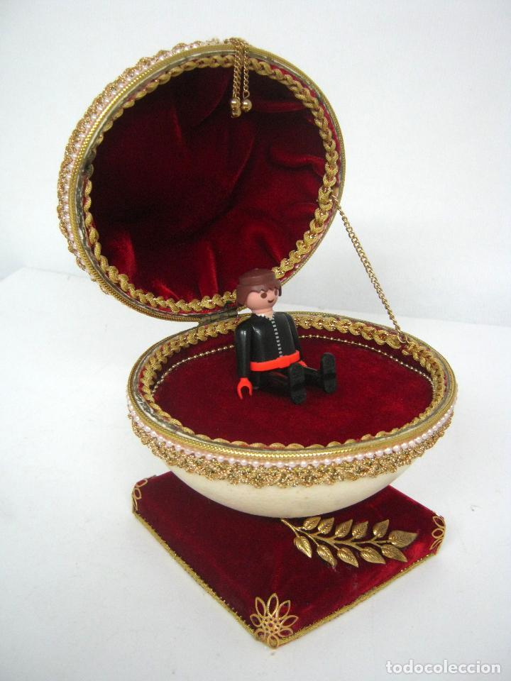Antigüedades: Caja joyero estuche tipo Faberge - Gran huevo de avestruz autentico con aplicaciones - Foto 6 - 152218766