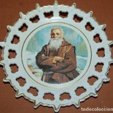 Antigüedades: PLATO FRAY LEOPOLDO DE ALPANDERIRE CAPUCHINO. Lote 152224270