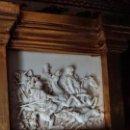 Antigüedades: ANTIGUO TRUMEAU MADERA TALLADA ESCULTURA RESINA. Lote 149478538