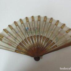 Antigüedades: ANTIGUO ABANICO ISABELINO - VARILLAJE MADERA - PAÍS EN SEDA - DE COLECCIÓN!!! - S. XIX. Lote 152271330