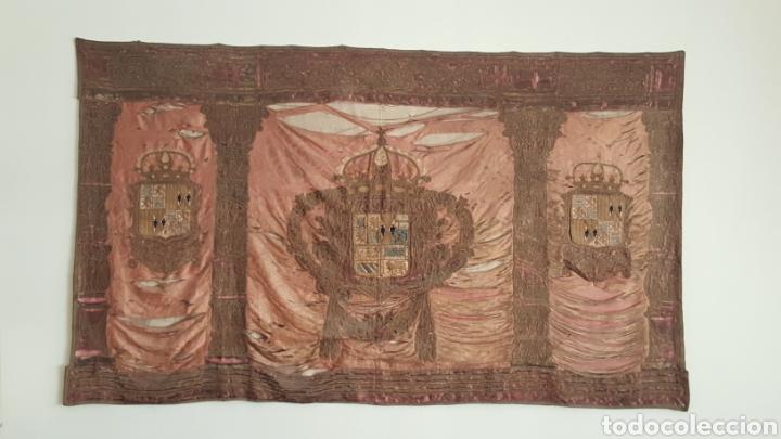 GRAN REPOSTERO ANTIGUO (Antigüedades - Hogar y Decoración - Tapices Antiguos)