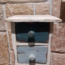 Antigüedades: ANTIGUO ESPECIERO DE 3 CAJONES, TAL CUAL SE VE.. Lote 152293266