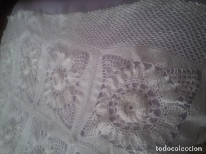 Antigüedades: PRECIOSA COLCHA DE GANCHILLO-TODO MANUAL-CAMA DE 90-BLANCA - Foto 13 - 152307382