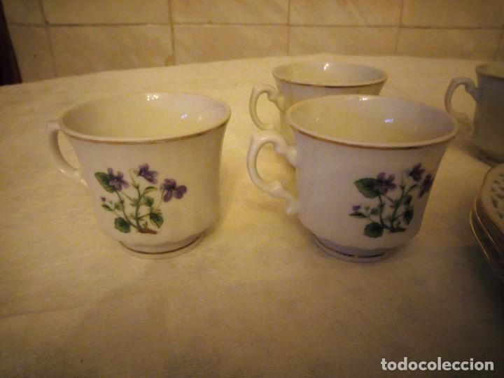 Antigüedades: Lote de 4 platos calados de postre y 4 tazas de café o té de porcelana svaneholm 1530,suecia. - Foto 3 - 152372334