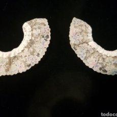 Antigüedades: ELEGANTE JUEGO DE PUÑOS ANTIGUOS DE ENCAJE DE VALENCIEN. Lote 152373306
