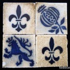 Antigüedades: LOTE DE 4 OLAMBRILLAS 6,8X6,8 CM. GRES, AÑOS 20. ARRANCADAS. TACO RACHOLA AZULEJO. Lote 152386234