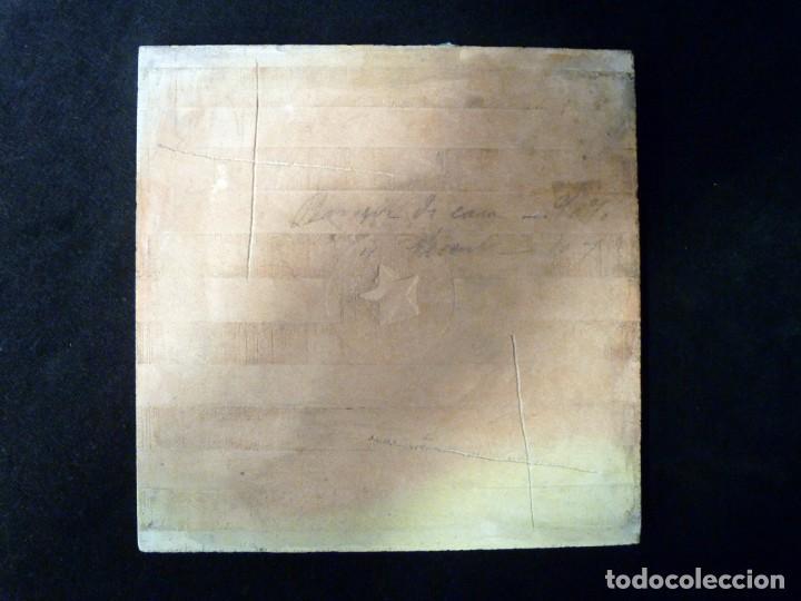 Antigüedades: AZULEJO AJEDREZADO. VERDE MANGANESO Y BLANCO. POSIBLEMENTE ONDA (CASTELLÓN) 20 x 20 cm. SELLO ESTREL - Foto 3 - 152386766