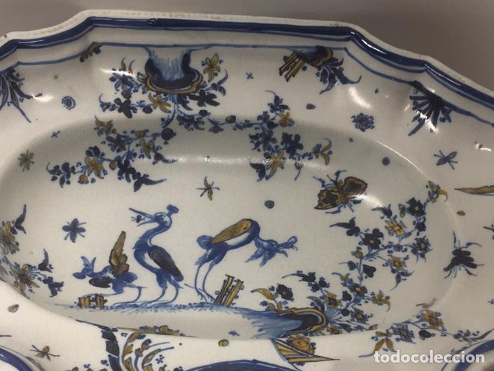Antigüedades: Bacía de Barbero cerámica de Alcora siglo XVIII Pieza de Museo - Foto 2 - 152404190