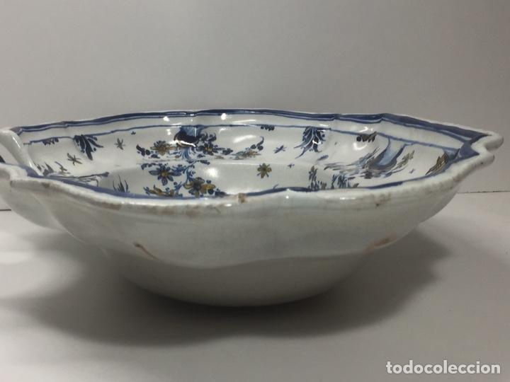 Antigüedades: Bacía de Barbero cerámica de Alcora siglo XVIII Pieza de Museo - Foto 14 - 152404190