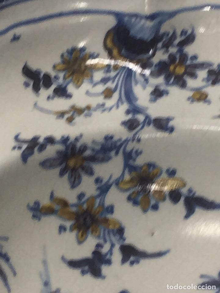 Antigüedades: Bacía de Barbero cerámica de Alcora siglo XVIII Pieza de Museo - Foto 18 - 152404190