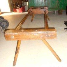 Antigüedades: TACA_TACA ANTIGUO DE VARAS, ANDADOR PARA BEBES . Lote 152411142