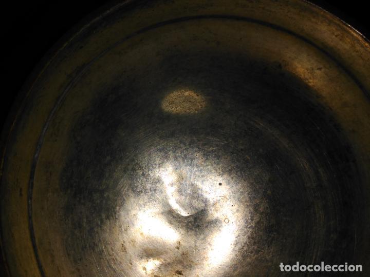 Antigüedades: ANTIGUO CUENCO INCENSARIO PEBETERO CENTRO S. XVII-XVIII BRONCE BASE PLATA 3 CARAS DAMA BRONCE 35,0 - Foto 13 - 152455330