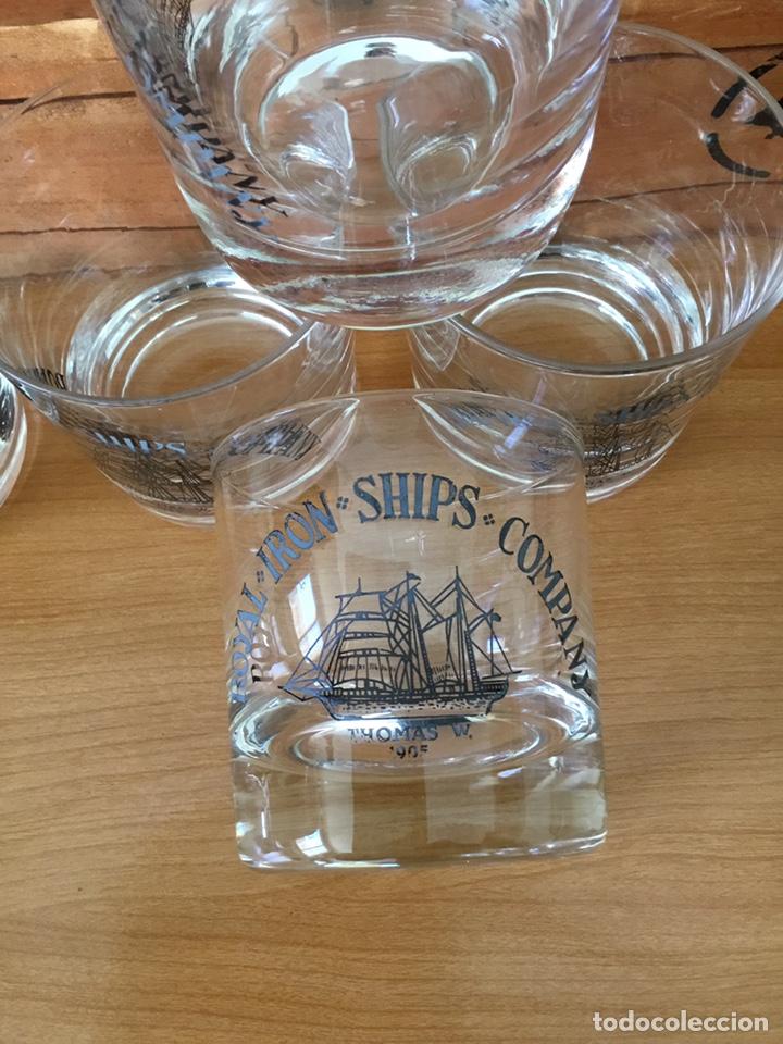 Antigüedades: Coleccion de Vasos antiguos de whisky en caja Madera - Foto 4 - 152471220