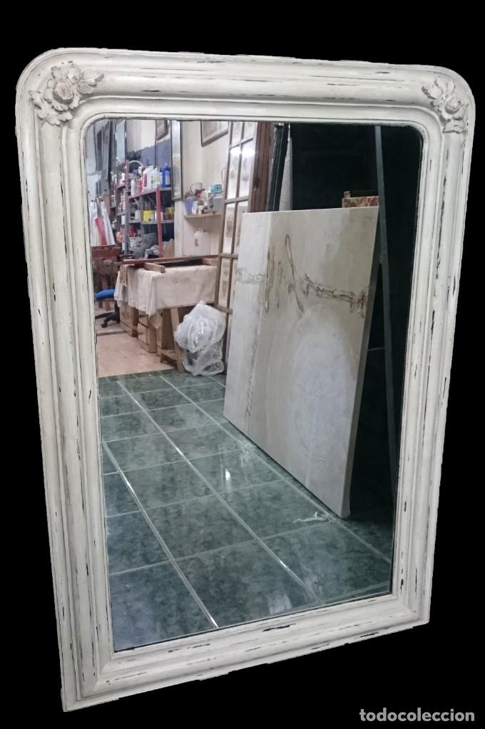 Antigüedades: Espectacular espejo de madera de pino isabelino, pintado al estilo gustaviano. 143x97 cm - Foto 2 - 151661266
