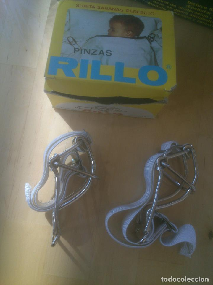 ANTIGUAS PINZAS SUJETA-CAMAS RILLO (Antigüedades - Moda y Complementos - Infantil)