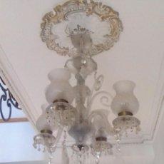 Antigüedades: LAMPARA DE CRISTAL CON LAGRIMAS TALLADAS. Lote 152548234