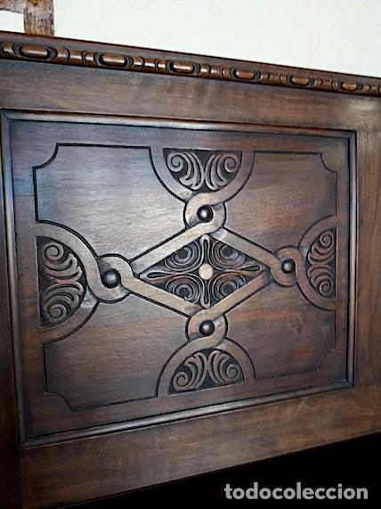 Antigüedades: Mueble escaño-baúl-mesa de nogal. Tamaño: 115x95x48cm. Principios del sXX. - Foto 8 - 152572058