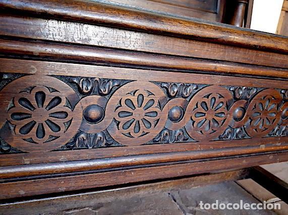Antigüedades: Mueble escaño-baúl-mesa de nogal. Tamaño: 115x95x48cm. Principios del sXX. - Foto 9 - 152572058