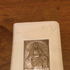 Antigüedades: MISAL EN PIEL Y PLATA. LLAVE DEL PARAISO. Lote 152578786