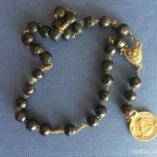 Antigüedades: ROSARIO DE MANO ANTIGUO CON MEDALLA DE LA VIRGEN Y JESUCRISTO.. Lote 152598510