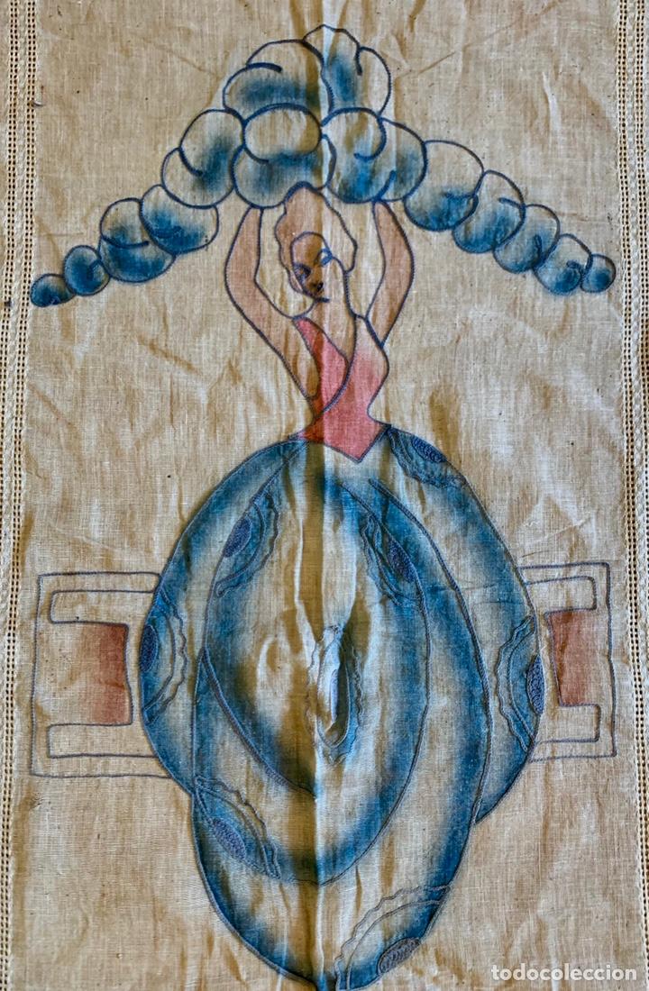 Antigüedades: Antigua cortina o visillo bordada a mano Art Déco, España, circa 1920 - Foto 2 - 152717268