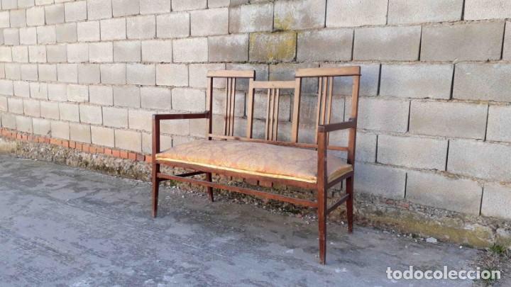 Antigüedades: Pareja de sillones antiguos estilo art decó. Dos sillas butacas antiguas estilo modernista. - Foto 9 - 152813742