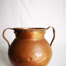 Antigüedades: MAGNÍFICO PEROL O POTE DE COBRE MARTILLEADO S XIX. Lote 152824218