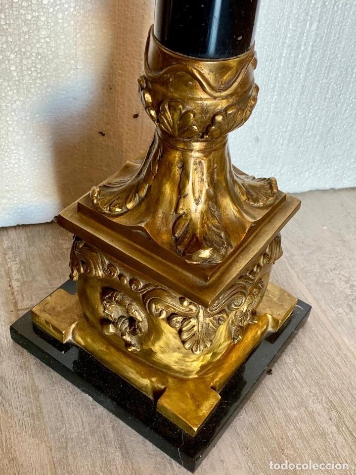 Antigüedades: PAREJA DE CANDELABROS EN MARMOL Y BRONCE - Foto 4 - 152846242