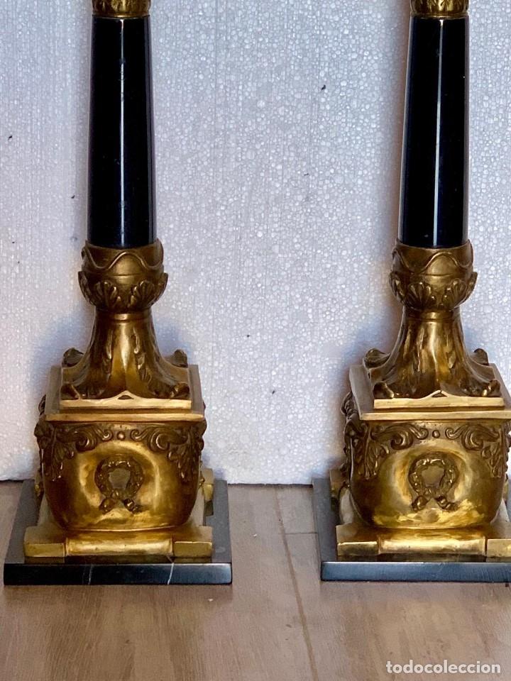 Antigüedades: PAREJA DE CANDELABROS EN MARMOL Y BRONCE - Foto 7 - 152846242