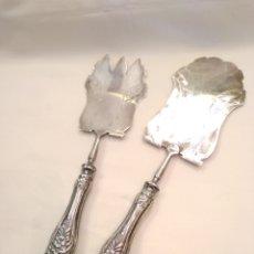 Antigüedades: CUBIERTOS DE SERVIR PLATA DE LEY. Lote 152865281