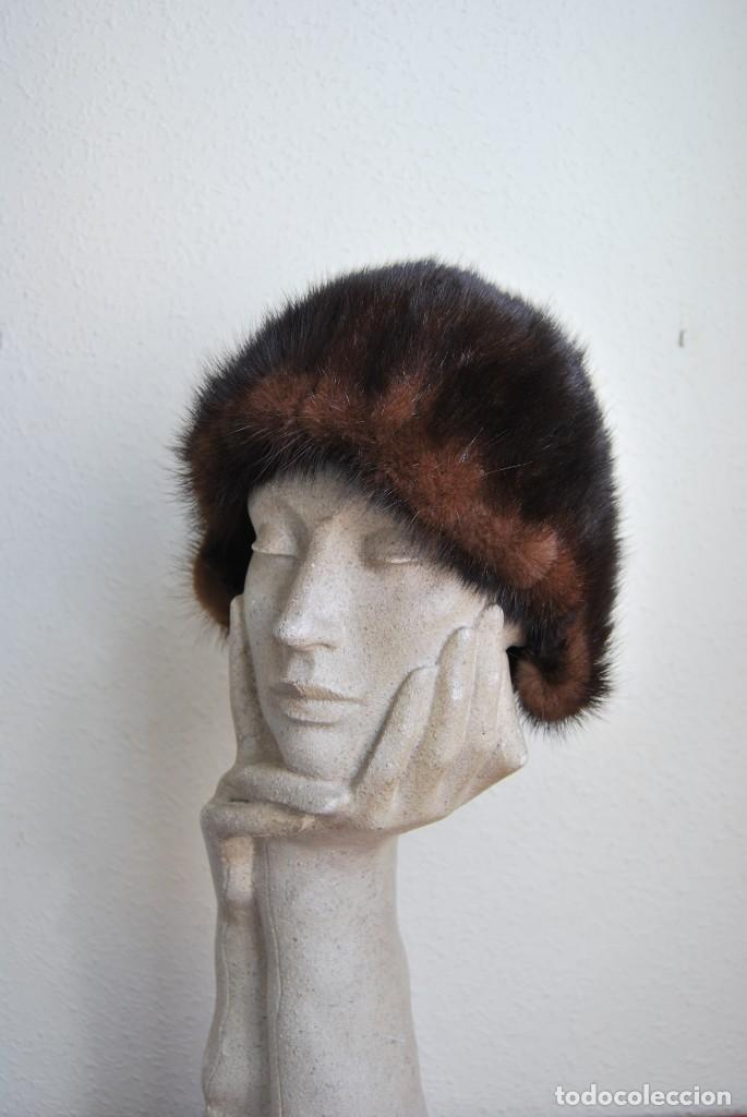 GORRO DE VISÓN PARA MUJER - SOMBRERO - AÑOS 60 - CURIOSA FORMA (Antigüedades - Moda - Sombreros Antiguos)