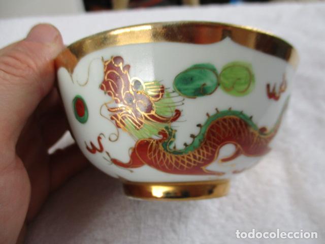 ANTIGUO CUENCO CON CUCHARA PINTADO A MANO DRAGON . MARCAS CHINAS EN LA BASE. (Antigüedades - Porcelanas y Cerámicas - China)