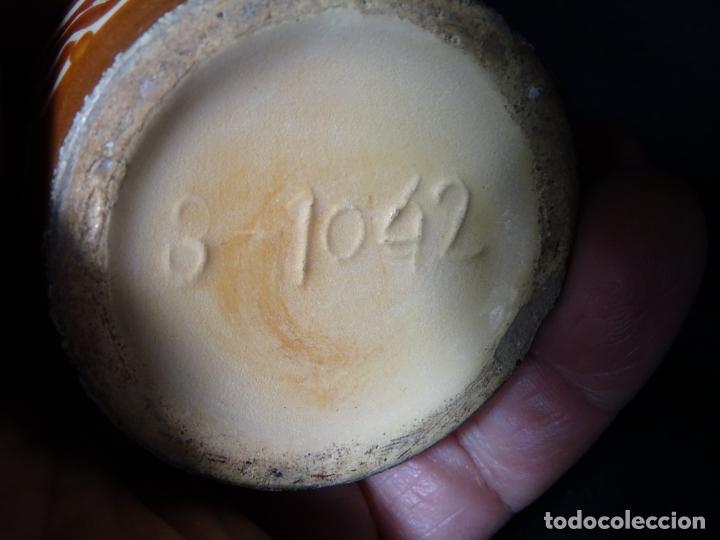 Antigüedades: pieza jarra jarron bucaro de ceramica de reflejos metalicos, manises, numerada base - Foto 3 - 152915122