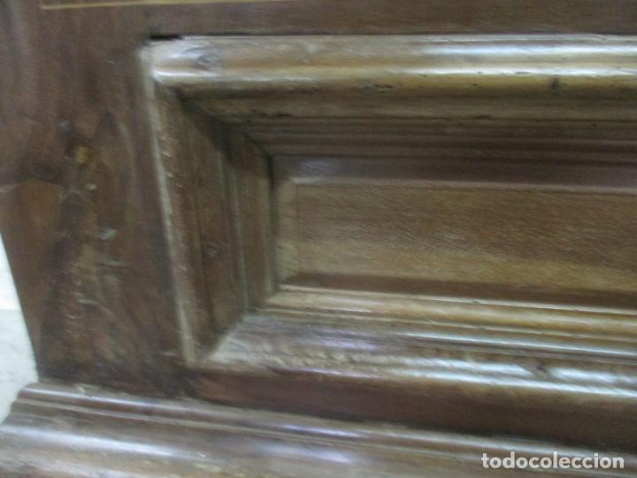 Antigüedades: Antiguo Armario Catalán, Barroco - Armario Empotrado - Puertas y Marco - Madera Nogal - Año 1768 - Foto 6 - 153012338